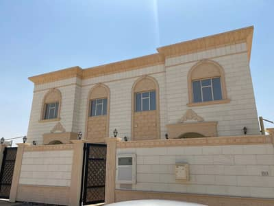 5 Bedroom Villa for Rent in Hoshi, Sharjah - 4