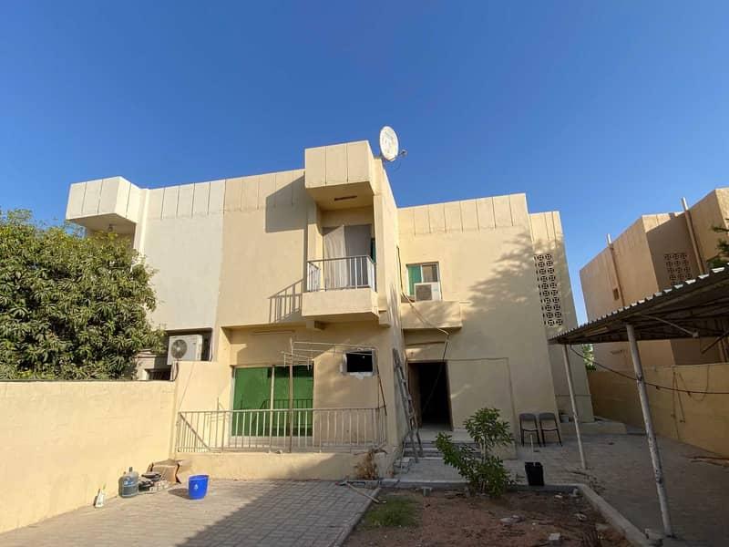 Five-bedroom villa on two floors in Al-Jazzat