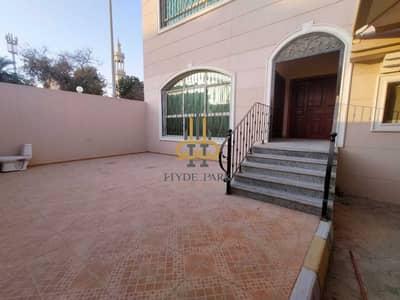 فیلا 5 غرف نوم للايجار في البطين، أبوظبي - Elegant 5 Master BR Villa / Prime Location /Huge Yard /Ready to move in