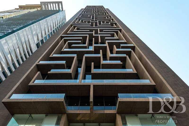 18 Duplex Apartment | Huge Layout | Amazing Views