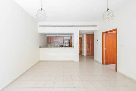 1 Bedroom Apartment for Rent in The Greens, Dubai - Huge layout Clean and Ready to Move in Dhafrah