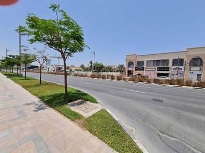 ارض تجارية  للبيع في جميرا بيتش ريزيدنس، دبي - main rood side