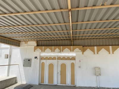 5 Bedroom Villa for Rent in Al Ghafia, Sharjah - House of five rooms, two halls and two kitchens divided into two houses