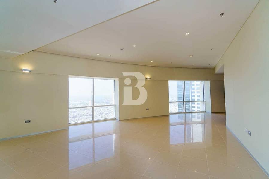 Luxury Location  Convenience  Duplex