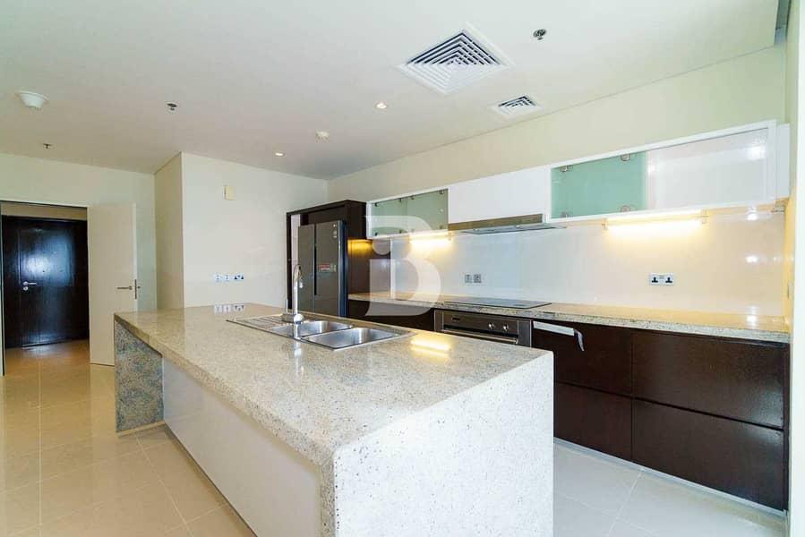 27 Luxury Location  Convenience  Duplex