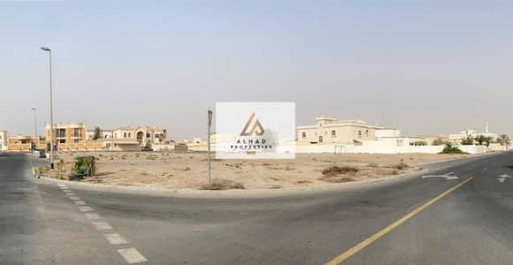 Plot for Sale in Al Warqaa, Dubai - Huge Residential Plot   Calm Area