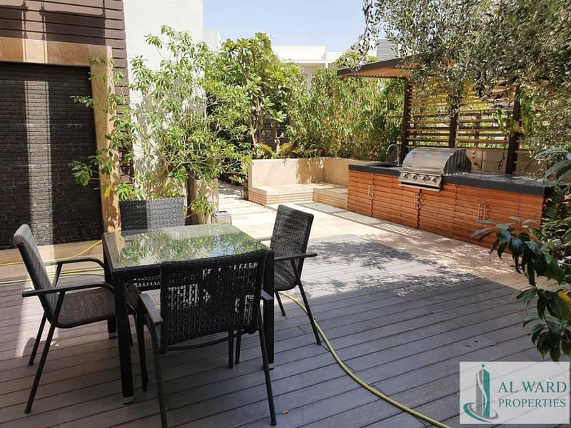 Luxury 3 bedroom premium  Courtyard townhouse   In a Premium Lifestyle Destination Community