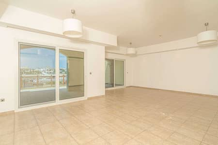 2 Bedroom Townhouse for Sale in Palm Jumeirah, Dubai - Views Of Sea and Atlantis | Study and maids Room