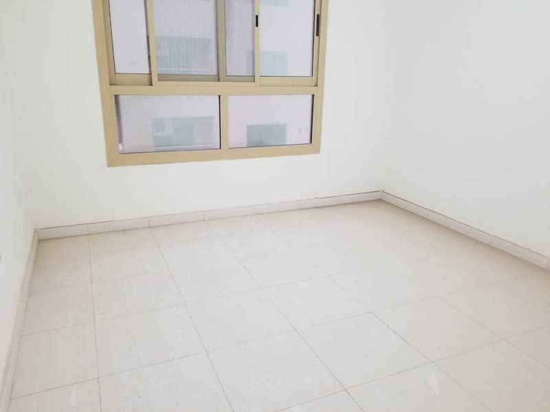 HOT DEAL !!! READY TO MOVE IN 1BHK AVAILAB;E FOR RENT IN MAJESTIC TOWER C3  EMIRATES CITY AJMAN