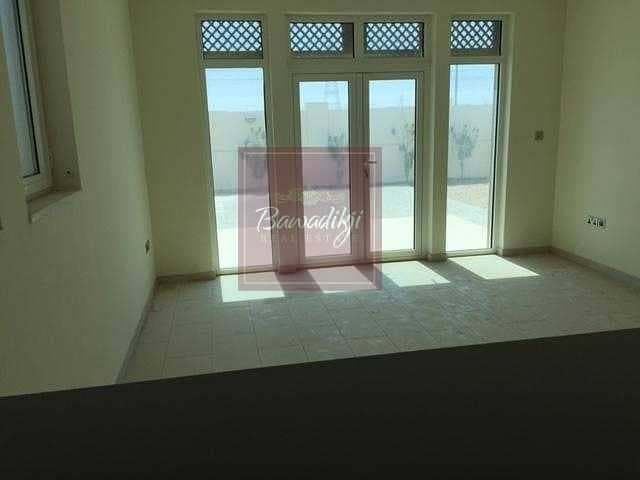 Immaculate Single Row / Amazing deal / 3Bedroom Small.