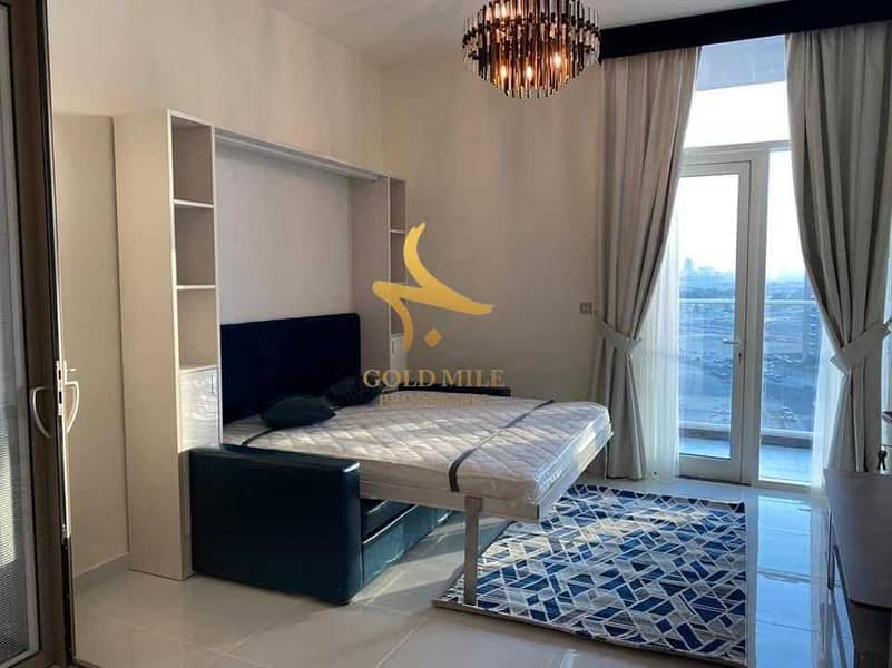 Luxurious Furnished Apartment | With balcony