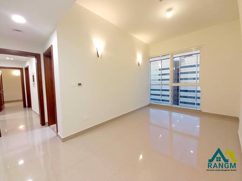 Enjoy the new living with No Fee ! City View! Gym & Pool