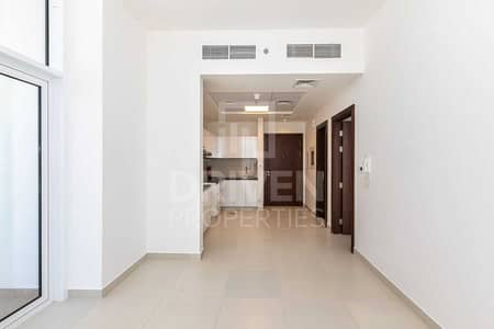 1 Bedroom Flat for Sale in Al Jaddaf, Dubai - Brand New Apt and Spacious with Pool View