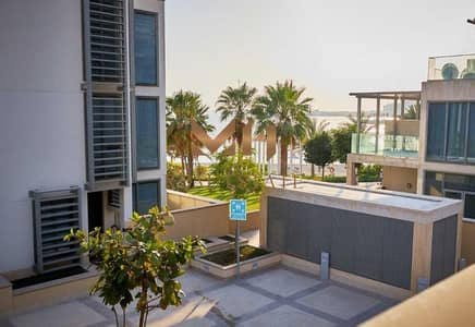 5 Bedroom Villa for Sale in Al Raha Beach, Abu Dhabi - Amazing Partial Sea View    Big Layout   Private Pool