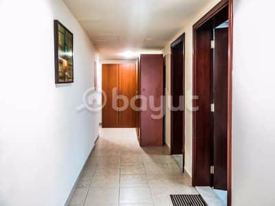 شقة في منطقة الكورنيش 2 غرف 95000 درهم - 2960331