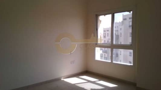 3 Bedroom Apartment for Sale in Remraam, Dubai - Spacious 3 bed with closed kitchen for sale