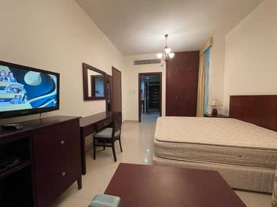 Studio for Rent in Al Nahyan, Abu Dhabi - LUXURY & CAPTIVATING | FULLY FURNISHED STUDIO APARTMENT | KITCHEN APPLIANCES | WARDROBES