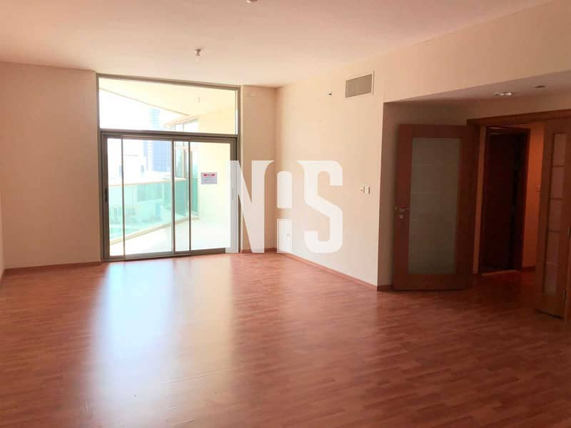 Spacious Unit with Balconies | City View .