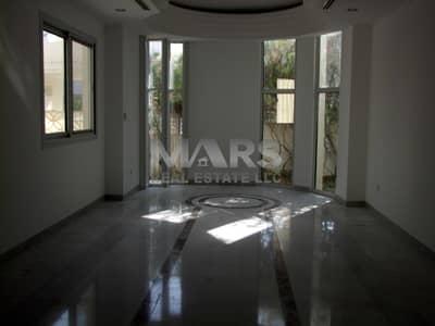 5 Bedroom Villa for Rent in Al Karamah, Abu Dhabi - SPECIOUSE 5 BED ROOM VILLA WITH MAID ROOM IN AL KARAMA.