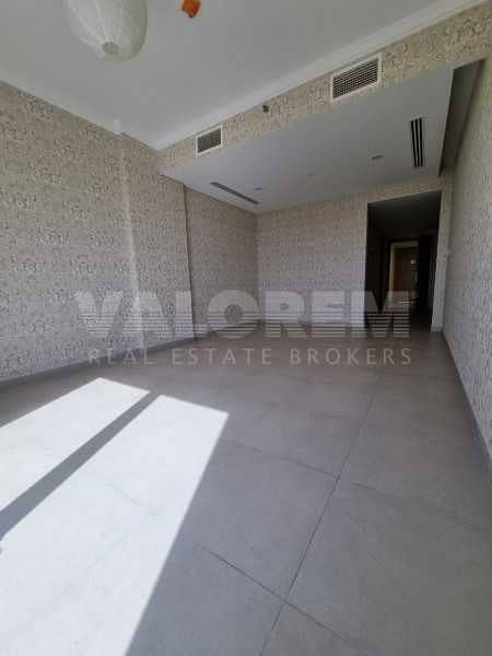 2 Spacious 2bhk+Maid room  Luxurious Middle floor  Community view