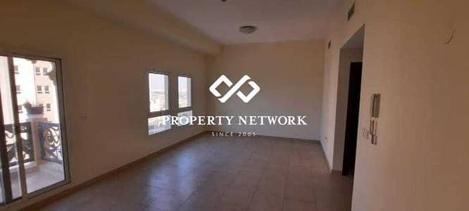 1 Bedroom Apartment for Sale in Remraam, Dubai - RENTED-1 BED CLOSED KITCHEN WITH BALCONY-AL RAMTH