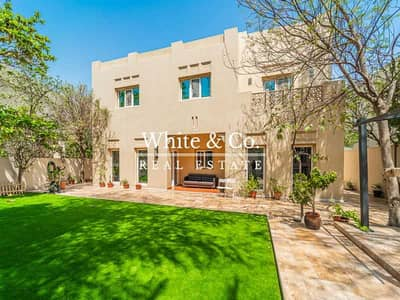 4 Bedroom Villa for Sale in Arabian Ranches, Dubai - Exclusive Beautiful Type 14 - Vacant On Transfer