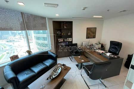 Office for Sale in Business Bay, Dubai - Spacious Furnished Office