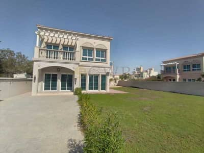 2 Bedroom Villa for Rent in Jumeirah Village Triangle (JVT), Dubai - Steps Away from Green Belt   Super Spacious   Extremely Sunny And Bright  