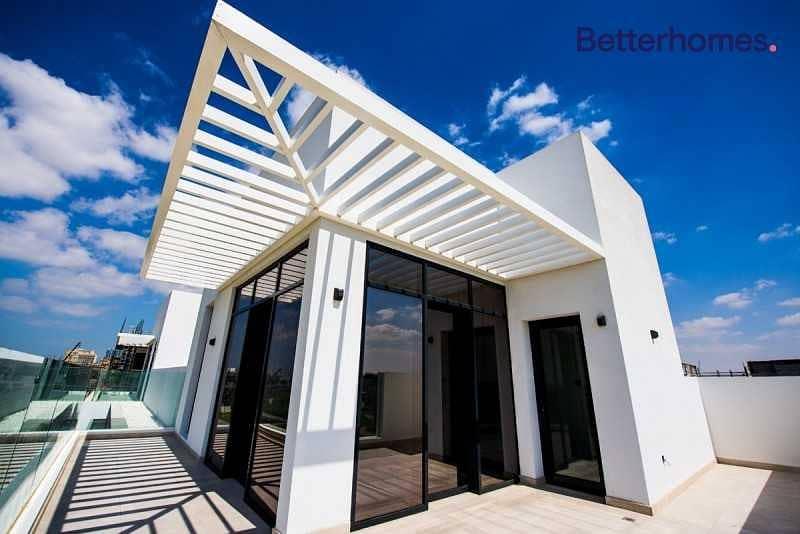 2 Ultra Luxury | 4 BHK +Maids Townhouse |Golf Living
