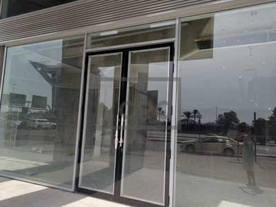 Showroom for Rent in Al Garhoud, Dubai - Strategique 5500 sqft showroom facing zayed road