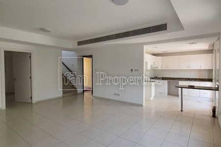 فیلا 3 غرف نوم للايجار في الينابيع، دبي - Mid September - B2B - Well Maintained - 3M