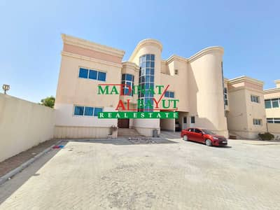 4 Bedroom Villa for Rent in Mohammed Bin Zayed City, Abu Dhabi - STRIKING 4 MASTER BEDROOM VILLA WITH PRIVATE YARD IN VERY PEACEFUL COMPOUND AWAITS IN MBZ