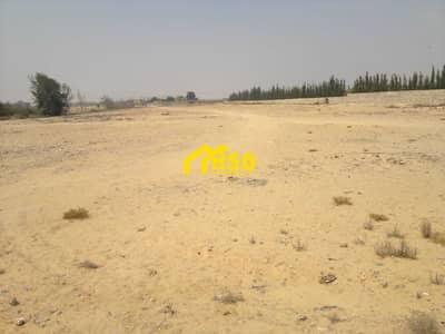 ارض تجارية  للايجار في شاطئ الراحة، أبوظبي - it has a permit to build a mall area .
