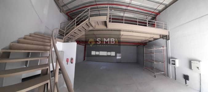 مستودع  للايجار في القوز، دبي - مستودع في القوز 120000 درهم - 5404411