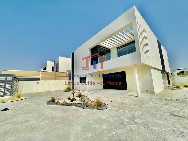 2 Lavish 5 Bedrooms Villa -Type 3M – Contemporary 1 5B-T3M-C1