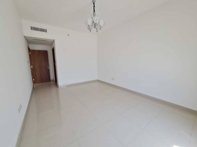 2 30days free Spacious 2bhk built-in wardrobe gym and swimming Bar B Q area
