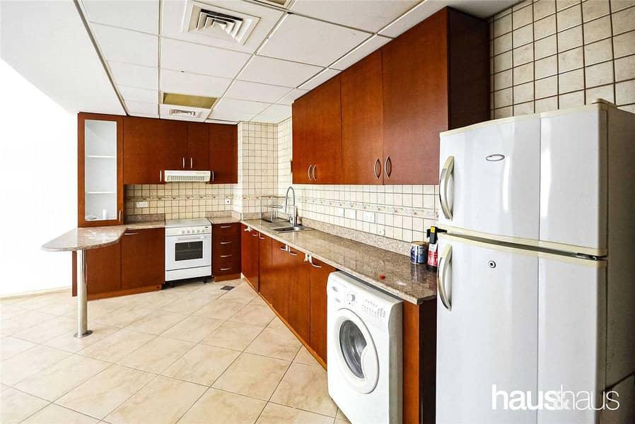 2 Spacious apartment | Great Community | Tenanted