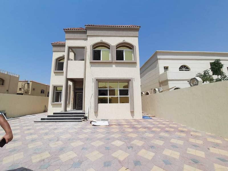 Freehold villa 5000 feet new in Al Mowaihat behind Nesto