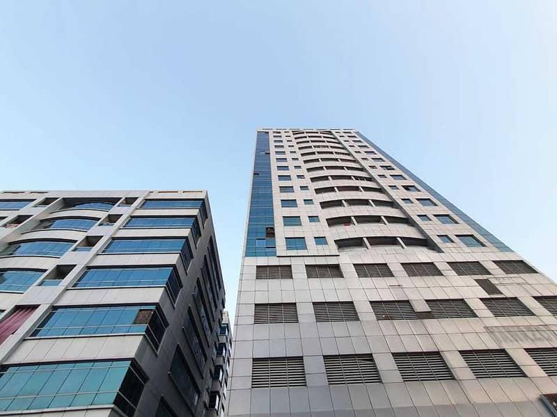 شقة في أبراج اللوز جاردن سيتي 1 غرف 14000 درهم - 5404934