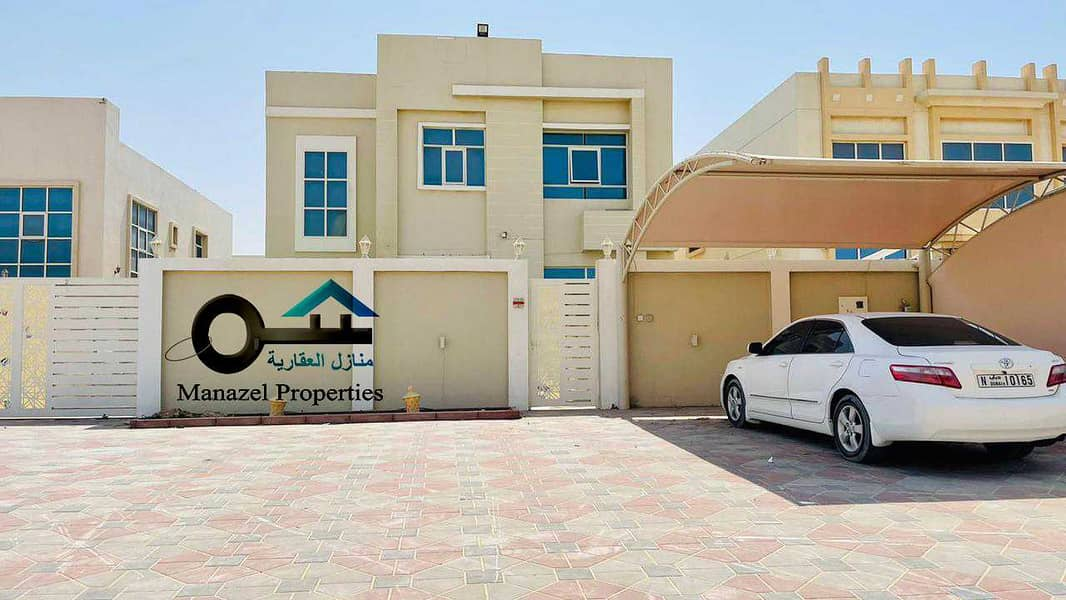 Villa for rent in the Hamidiya area on Shar Qar, a very excellent location, close to services .