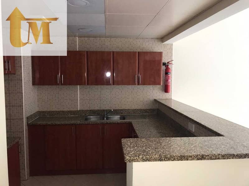 9 FULLY FURNISHED   1BHK    WITH BALOCNY    2700/-MONTH COMMUNITY VIEW