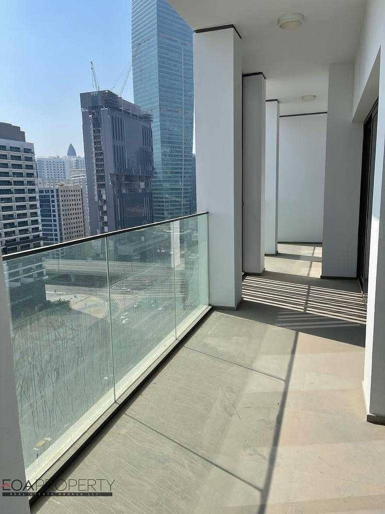 Burj Khalifa View   Brand New   Vacant