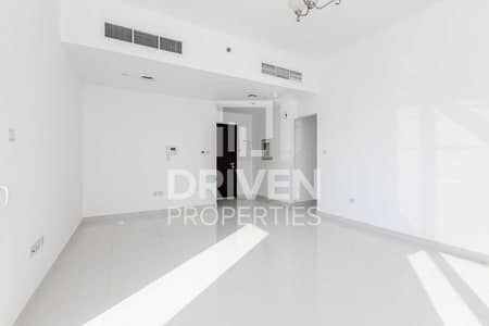 2 Bedroom Flat for Rent in Culture Village, Dubai - Chiller Free   Spacious Apt   Waterfront