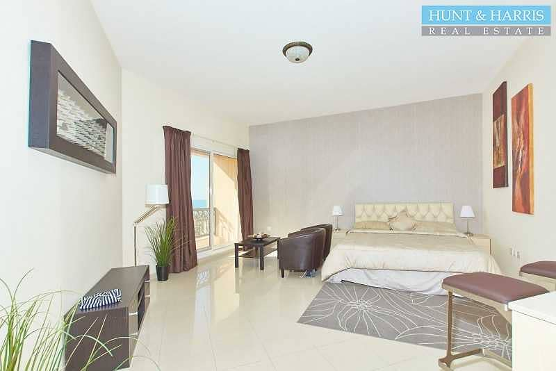 2 Cozy Studio Apartment - Fully Furnished - Stunning Sea View