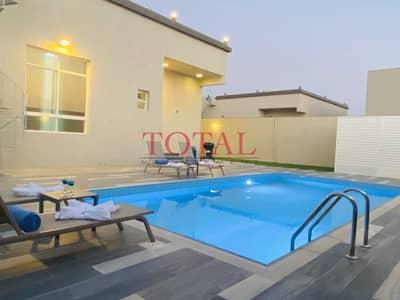 2 Bedroom Villa for Rent in Aljazeera Al Hamra, Ras Al Khaimah - Amazing two bedroom family Villa with swimming pool and garden