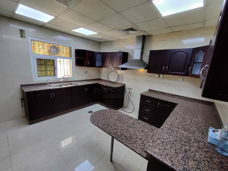 13 Nice 3BR Mulhaq Villa Available with Dewa in Al Warqa'a  3