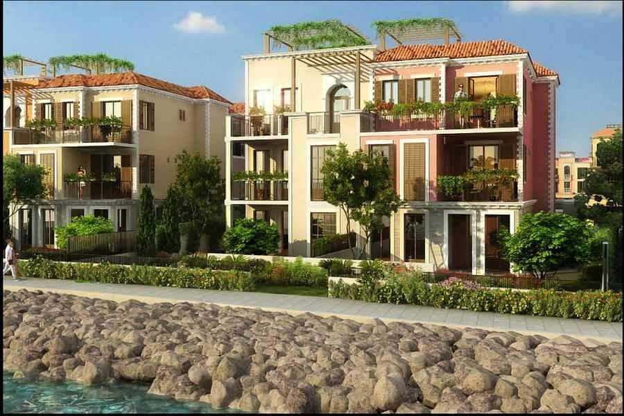 2 Luxury lifestile houses jumeirah island Sur La mer