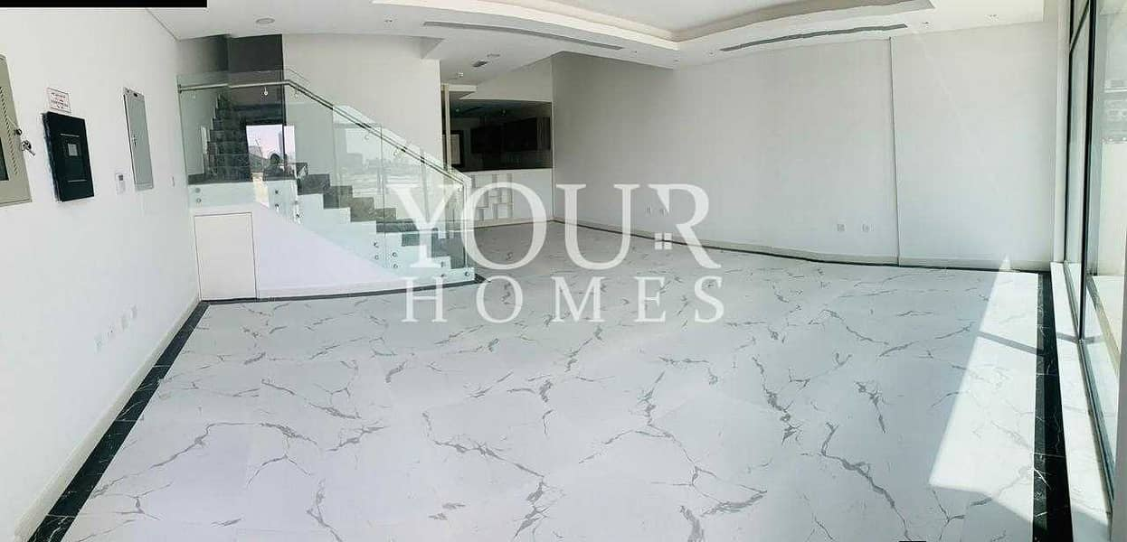 SB | Luxurious | 4BR + M | With Elevator @139