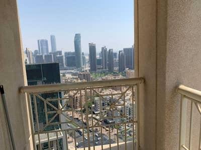 1 bedroom High floor boulevard view | Vacant