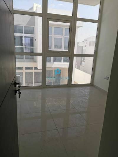 فیلا 3 غرف نوم للبيع في (أكويا أكسجين) داماك هيلز 2، دبي - Distress Deal I Vacant I Middle Unit